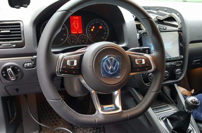 Inlocuire Volan Multifunctional VW Golf 7 VII pe VW Golf 5 V 2004