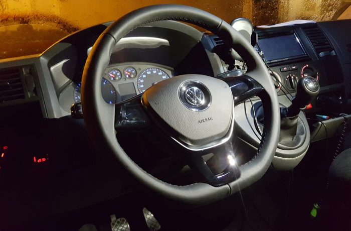 VW Transporter T5 2007 Inlocuit Volan VW Golf 7